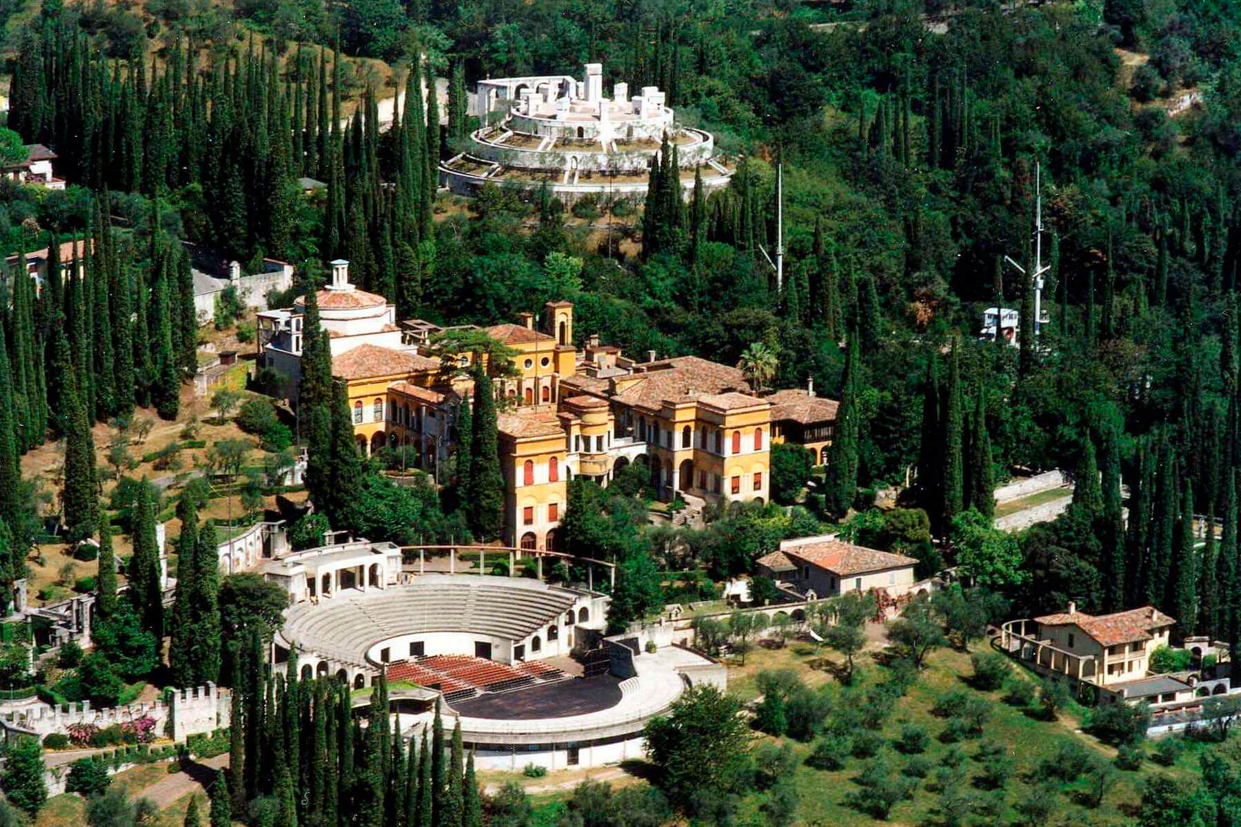 Conosci la Casa-Museo di D'Annunzio? 18 curiosità sul Vittoriale degli Italiani